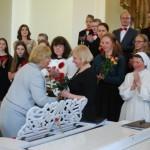 Apsveikumu saņem skolotāja A.Mihailova